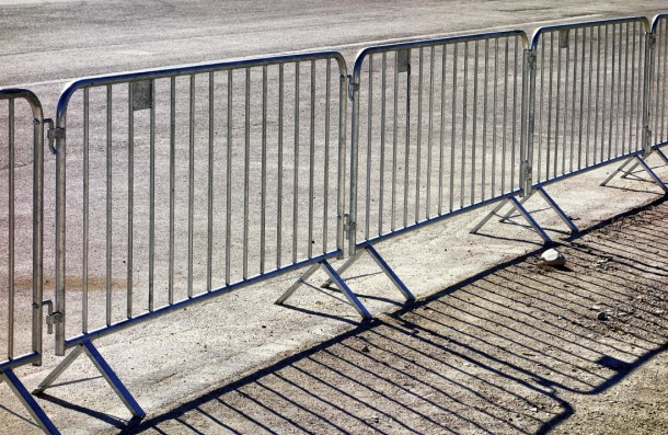 Highly Mobile Steel Fence